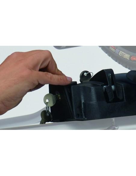 Portabici da tetto con doppia chiave PERUZZO Pure Instinct 710 sgancio automatico